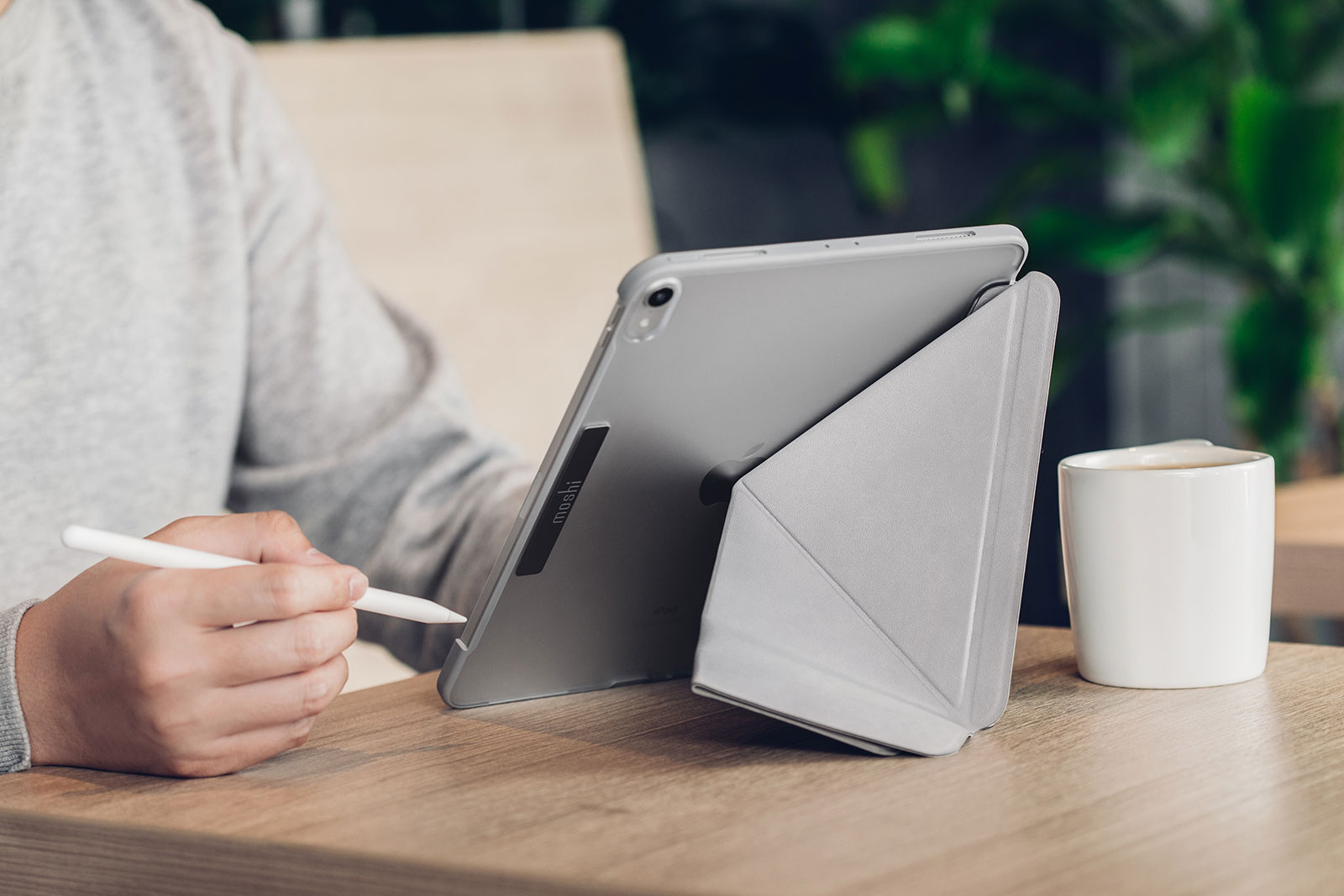 Win an iPad Pro accessory pack worth over $150!